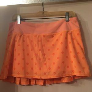 Lululemon running skirt with ruffled back.